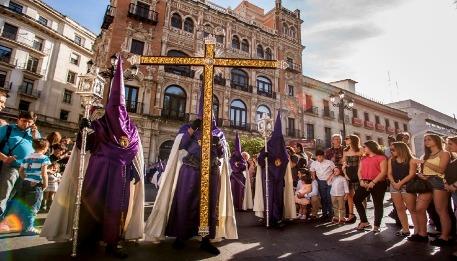 procesiones-de-semana-santa-en-francia